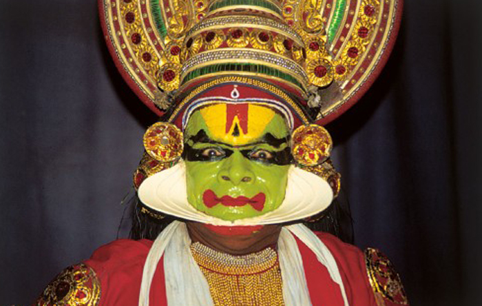 Indian Traditional Dresses Of Different States With Names Kathakali Indian Dance Costume